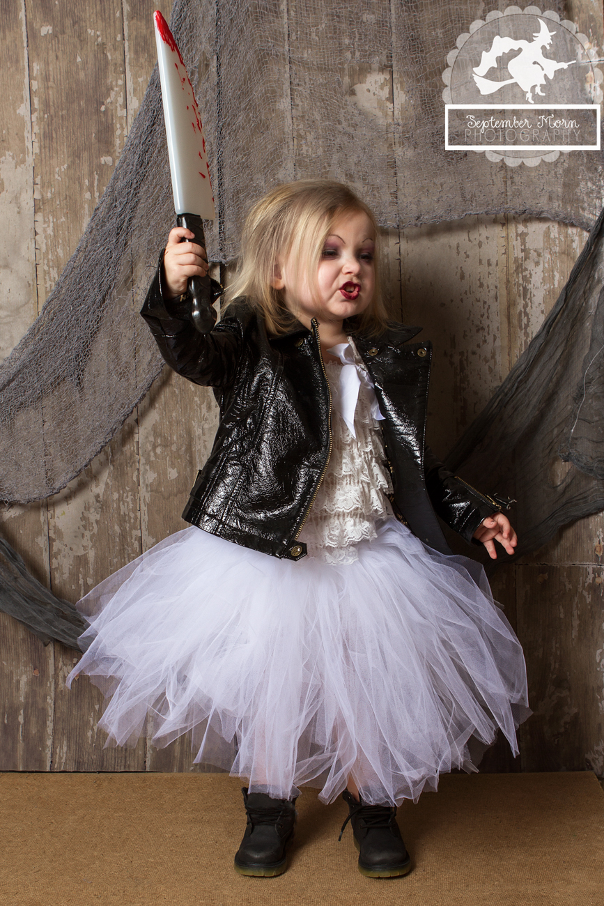 Bride of Chucky Costume http://stellaween.com/blog/day-26-2012-bride-of-chucky/